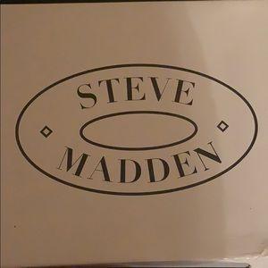 Steve Madden Rhinestones Pumps